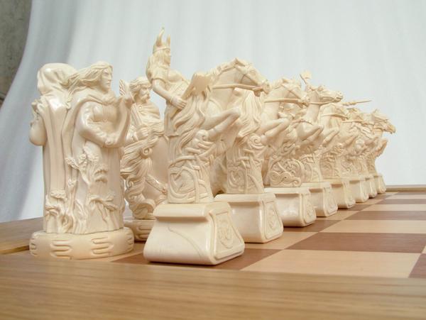 Шахматный набор Валькирьи и Нибелунги белые фигуры