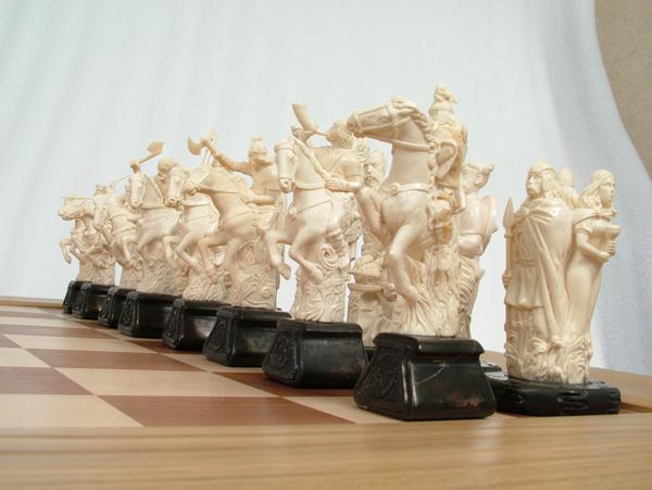 Шахматный набор Валькирьи и Нибелунги черные фигуры