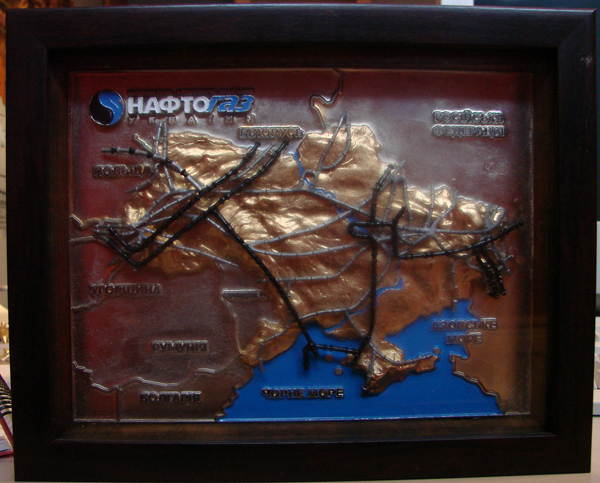 """Изготовление подарочного настольного изделия """"Карта Нафтогаз"""""""