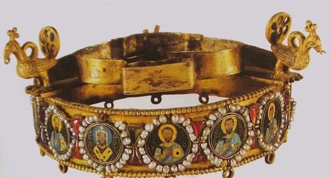 Изготовление декоративной копии короны